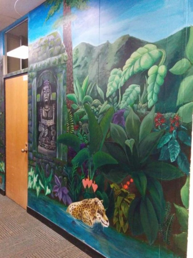 The+jungle+mural+is+in+one+of+the+wings+of+the+high+school.+It+was+painted+by+the+Art+Club.+This+is+located+near+Mr.+Ullands%E2%80%99+math+classroom.