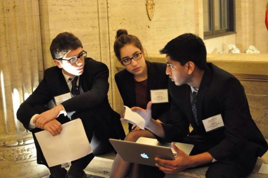 Delegates+from+SHS+and+schools+around+the+world+discuss+international+issues+during+the+MUN+University+of+Chicago+%28MUNUC%29+conference.+The+club+plans+to+attend+this+conference+again+this+February.+%22MUNUC+was+one+of+the+highlights+of+my+junior+year.+It+was+a+lot+of+work+but+also+a+ton+of+fun%2C%22+said+senior+Isaac+Harmon.