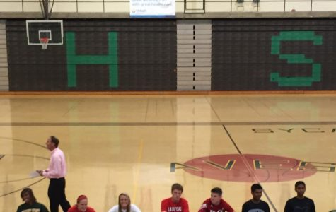Seniors Lisa Ruffin, Victoria Swart, Maddie Locke, Ben Thiss, Ryan Wahler, Nakul Narendran, and Deepak Indrakanti sign with their college to play sports. The event took place during seventh bell on Wednesday, May 27. Coaches and players spoke during the ceremony, and the crowd consisted of teammates, friends, and family.