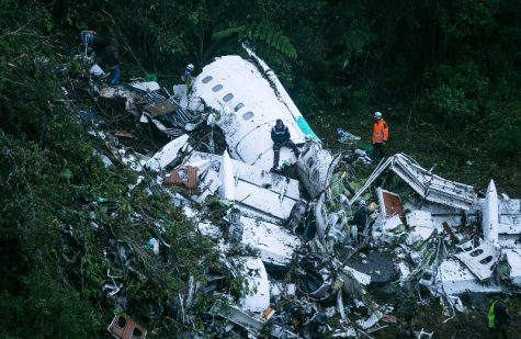 Plane crashes in Colombia