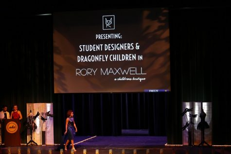 Fashion for the Cure walks down runway