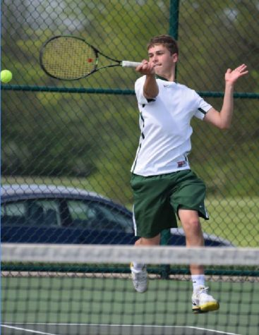 Varsity B tennis team flies to coaches classic