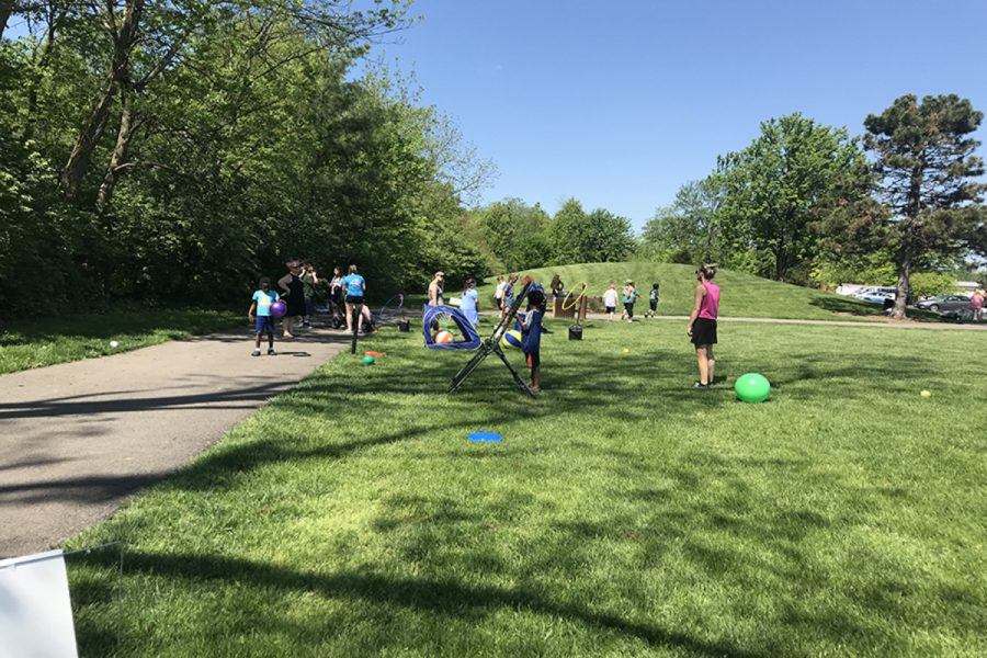 OPTIONS. Students had many stations to pick from for field day. When students were finished going through stations, lunch was provided for all. Volunteers helped pack the stations up into a trailer, and unloaded them when returning to SHS at the end of the day.