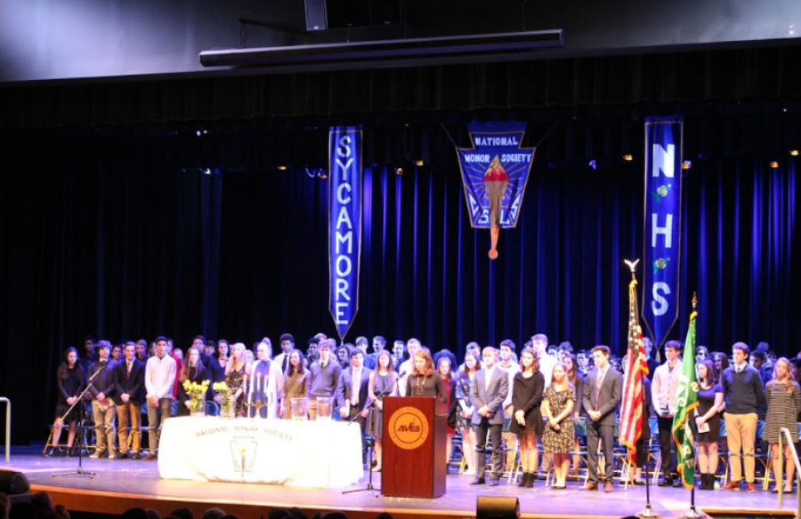 """INDUCTED. New members were inducted into the National Honor Society (NHS) on Wed., Nov. 14. NHS is a merit that colleges view favorably in college applications. Service hours are a requirement for joining NHS. """"I volunteered at my church orchestra and at nurseries,"""" said Soeun Cho, 12."""
