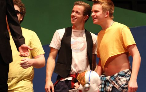 'Twelfth Night' fuses Shakespeare and 80s on stage