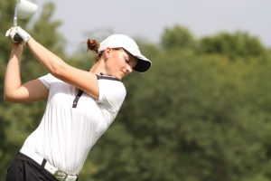 hannah golfing