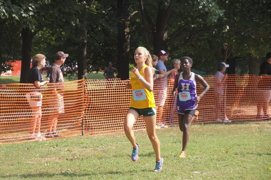 Julia+Mattis%2C+12%2C+sprints+to+the+finish+at+the+King%E2%80%99s+Invitational.+Mattis+finished+in+14th+at+the+race.+She+was+one+of+the+runners+who+attained+a+season-best+time+at+the+meet.+Photo+Courtesy+of+Sarah+Gukenberger.+