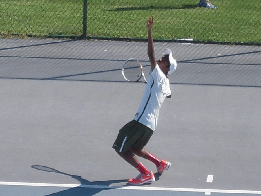 Senior Nakul Narendran is the third SHS tennis player to commit to a college program for the fall of 2015. He joined teammates Alex Wittenbaum and Deepak Indrakanti. The team will begin offseason conditioning on Tues. Oct. 13