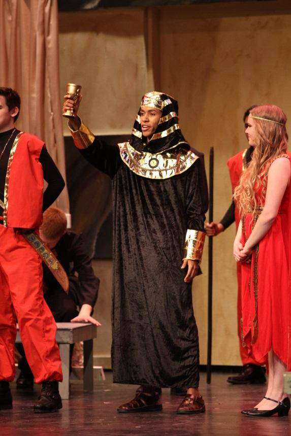 Senior+Anthony+Popenoe+performs+in+the+Aves+Theatre%E2%80%99s+production+of+Aida.+In+%22The+Odyssey%E2%80%9D+he+will+be+playing+the+roles+of+Menelaus%2C+the+blind+singer%2C+a+sailor%2C+and+a+suitor%2C+to+name+a+few.+Due+to+the+ensemble+nature+of+this+show%2C+almost+every+actor+will+be+portraying+multiple+characters+in+the+show.