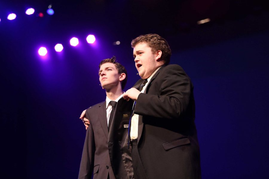 Senior+Timothy+Leonard+advises+as+Frank+Abagnale%2C+Sr.+that+people+see+only+what+they+want+to+see.+His+son%2C+Frank+Abagnale%2C+Jr.%2C+is+played+by+senior+Paul+Phillips.+The+story+within+%E2%80%9CCatch+Me+If+You+Can%E2%80%9D+is+a+true+one%2C+first+made+into+a+movie+starring+Tom+Hanks+and+Leonardo+DiCaprio%2C+and+then+transformed+into+a+Broadway+musical+in+2011+starring+Aaron+Tveit.