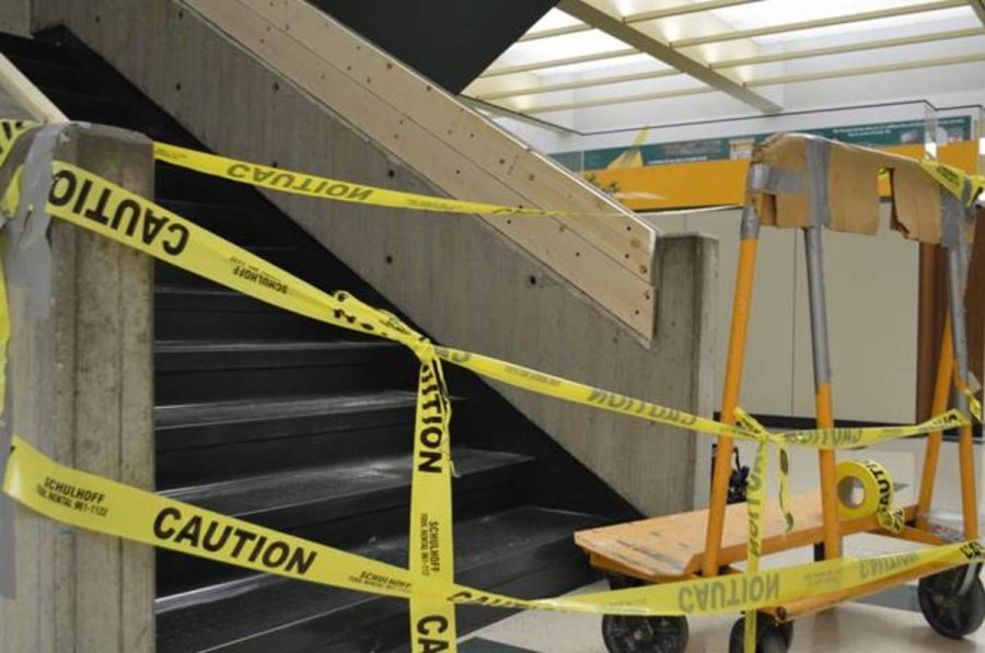 Construction+is+still+consuming+the+halls+at+SHS%2C+now+closing+the+main+staircase+in+the+history+wing.+The+construction+on+the+stairs+has+been+causing+delays+getting+to+classes+forcing+students+to+find+alternate+routes.