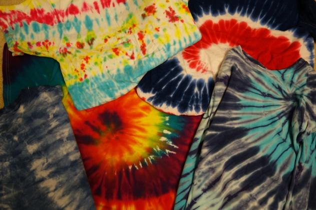 People+associate+tie-dyes+with+hippies+and+the+peace-loving+era+of+the+60%E2%80%99s.++Today+these+colorful+patterns+are+found+in+name+brands+as+fashionable+as+Vogue+or+versatile+as+Land%E2%80%99s+End.++Every+design+is+slightly+different+and+can+easily+be+done+at+home%2C+as+with+the+patterns+shown+in+this+picture.