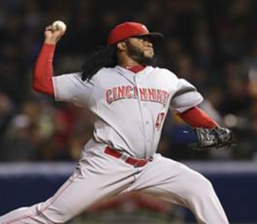 +++Johnny+Cueto+pitches+in+a+game+in+2015.+Cueto+was+20-9+and+finished+second+in+NL+Cy+Young+Voting+behind+Clayton+Kershaw.+Fans+expect+Cueto+to+be+the+number+one+starter+in+the+rotation.%0APhoto+by+MCT%0A