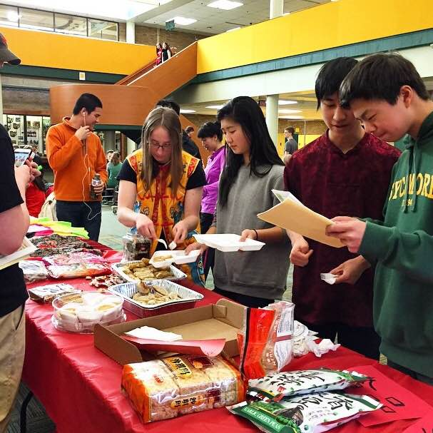 Chinese+class+students+sell+various+food+items+during+all+three+lunches.+These+items+included+Chinese+snacks%2C+spring+rolls%2C+and+dumplings.+All+money+raised+went+to+the+club+to+support+their+activities.+