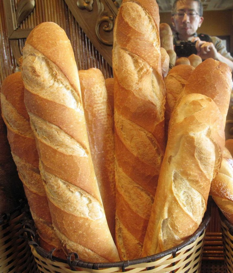 Members+of+the+French+Club+will+likely+carry+baguettes+like+these+in+the+parade.+While+it+is+a+French+stereotype+that+the+French+eat+baguettes+all+the+time%2C+they+do+have+baguettes+quite+often%2C+just+maybe+not+every+day.+Baguettes+are+normally+eaten+with+cheese+or+a+P%C3%A2t%C3%A9%2C+which+is+French+for+%E2%80%9Cpaste%E2%80%9D.+