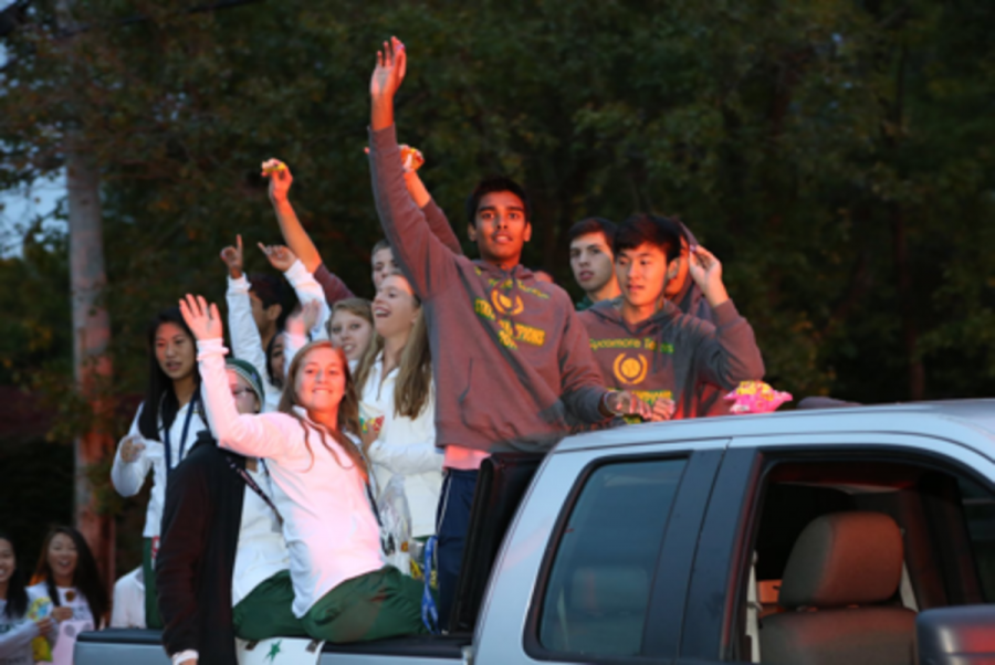 Girls and boys tennis participate in the parade. They throw candy and enjoy pumping up the homecoming spirit. All groups are allowed to bring a car or walk in the parade.