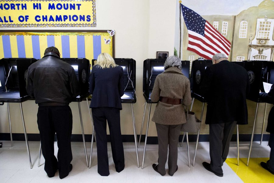 Voters+turn+out+for+the+primary+election+today+at+North+High+Mount+Elementary+School+in+Fort+Worth%2C+Texas%2C+on+Tuesday%2C+March+4%2C+2014.++%28Joyce+Marshall%2FFort+Worth+Star-Telegram%2FMCT%29