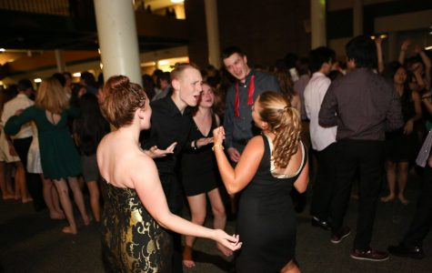 Dancing the night away: Students enjoy Homecoming