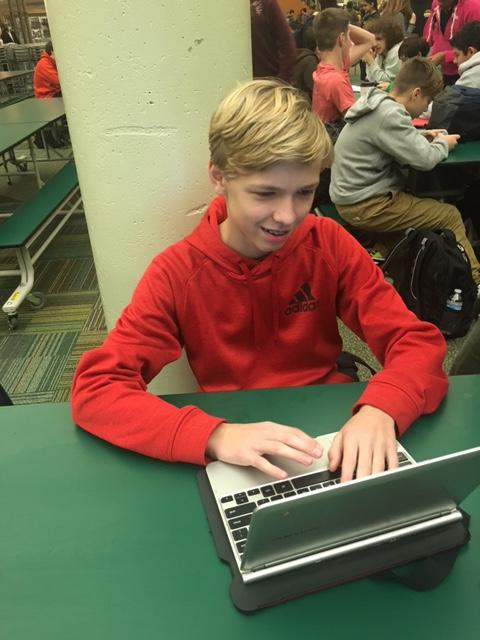 Sophomore+Adam+Meller%2C+attorney+on+the+Green+mock+trial+team%2C+works+on+writing+his+speech+and+finalizing+things+before+competition.+Mock+trial+requires+work+and+time+otuside+of+practice.+Coaches+emphasize+that+the+experience+is+based+on+how+much+each+member+of+the+team+is+willing+to+dedicate.