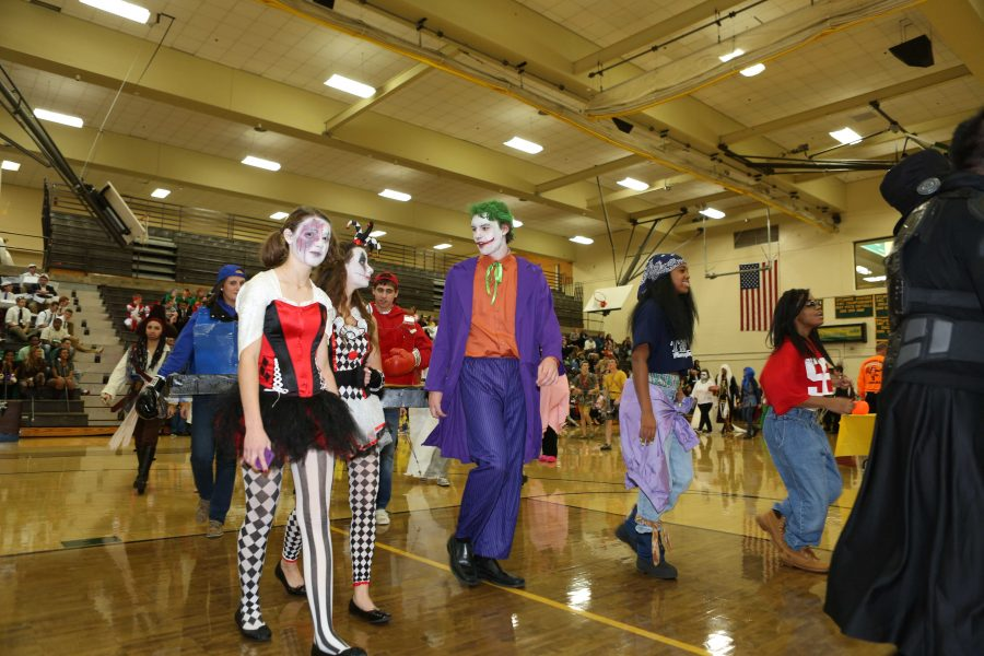 Halloween+is+a+tradition+for+everyone%2C+but+senior+Halloween+is+one+that+SHS+has+claimed+their+own.++The+seniors+get+a+chance+to+dress+up+in+their+favorite+costumes+and+walk+around+to+shock%2C+humor%2C+or+scare+the+other+students+throughout+the+day.++This+year%2C+senior+Halloween+will+be+on+October+30.