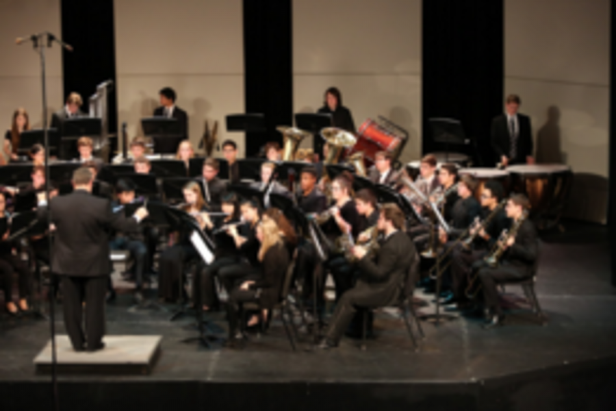 All+students+in+band+have+the+opportunity+to+apply+for+Honor+band%2C+but+only+a+select+few+are+accepted.+They+are+chosen+to+form+one+band+out+of+many+different+school+districts+and+performed+on+Jan.+10.+They+only+have+the+music+less+than+a+week+before+the+performance.+%0A