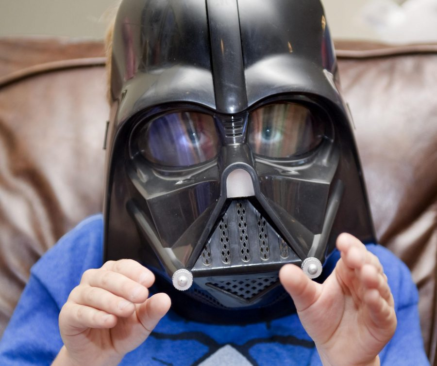 Child+actor+Max+Page%2C+pictured+here+at+age+7%2C+shows+how+he+used+the+%26quot%3BForce%26quot%3B+as+a+pint-sized+Darth+Vader+in+a+2011+Volkswagen+commercial+that+aired+during+the+Super+Bowl.+He+was+back+home+in+San+Clemente%2C+Calif.%2C+recovering+from+open+heart+surgery+in+2012.+%28H.+Lorren+Au+Jr.%2FOrange+County+Register%2FTNS%29