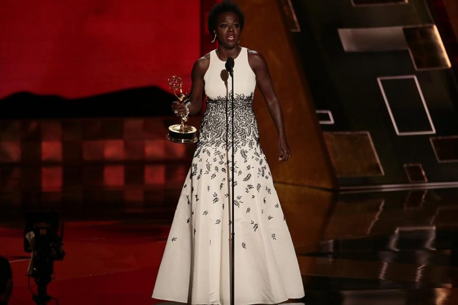 Viola+Davis+during+the+67th+Annual+Primetime+Emmy+Awards+at+the+Microsoft+Theater+in+Los+Angeles+on+Sunday%2C+Sept.+20%2C+2015.+%28Robert+Gauthier%2FLos+Angeles+Times%2FTNS%29