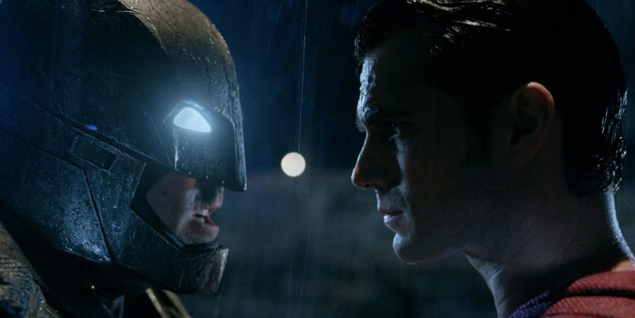 Batman (Ben Affleck) faces off against Superman (Henry Cavill). While the motivation for Batman's hatred of Superman makes sense and is expertly explained in the beginning, Superman's motivation makes no sense. This confusion is one of the movie's biggest problems.