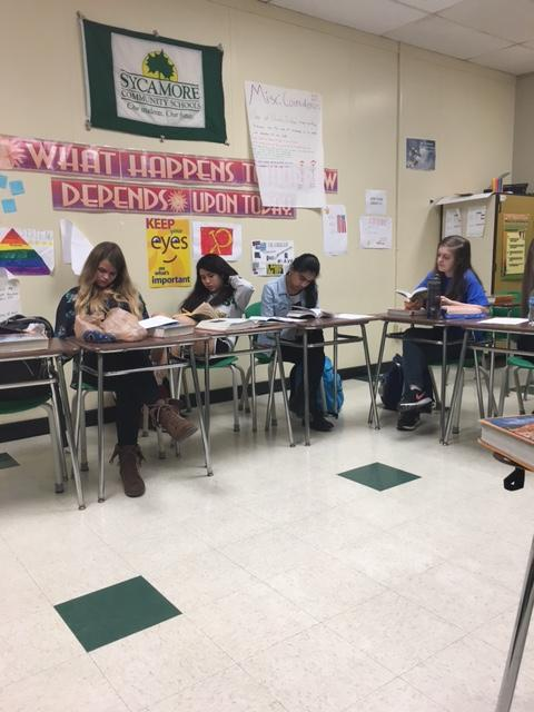 Sophomores+in+Mrs.+Melissa+Sullivan%E2%80%99s+English+class+read+%E2%80%9CThe+Kite+Runner.%E2%80%9D+Because+the+class+aims+to+finish+the+novel+in+a+week%2C+there+is+a+lot+of+reading+time+in+class.+Discussions+are+fairly+brief+because+the+novel+is+more+plot-based+than+stylistic.