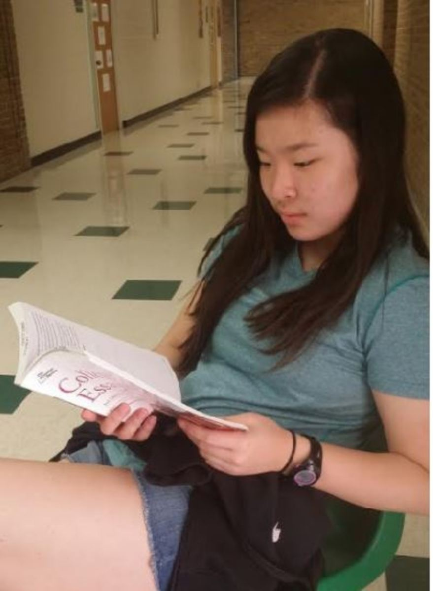 """ACHIEVEMENT. After months of tedious preparation, junior Stephanie Hong received a perfect score on the April ACT. """"It's great to see your hard work finally pay off. This accomplishment is going to save me from a lot of stress next year,"""" Hong said."""