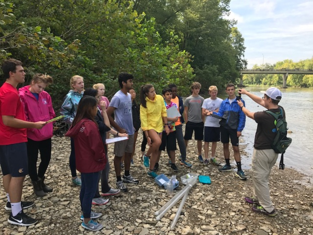 REEL+IT+IN.+A+group+of+students+attempts+to+fish+in+the+Little+Miami+River.+Students+received+the+opportunity+to+fish+in+the+river%2C+analyze+the+chemistry+of+the+water%2C+and+collect+various+macroinvertebrates+along+the+shore.+%E2%80%9CI+wanted+my+students+to+experience+biology+by+doing+biology.+Figuring+out+what+%E2%80%98I+want+to+do+with+my+life%E2%80%99+is+best+answered+by+experiencing+as+many+things+as+possible%2C%E2%80%9D+Smanik+said.