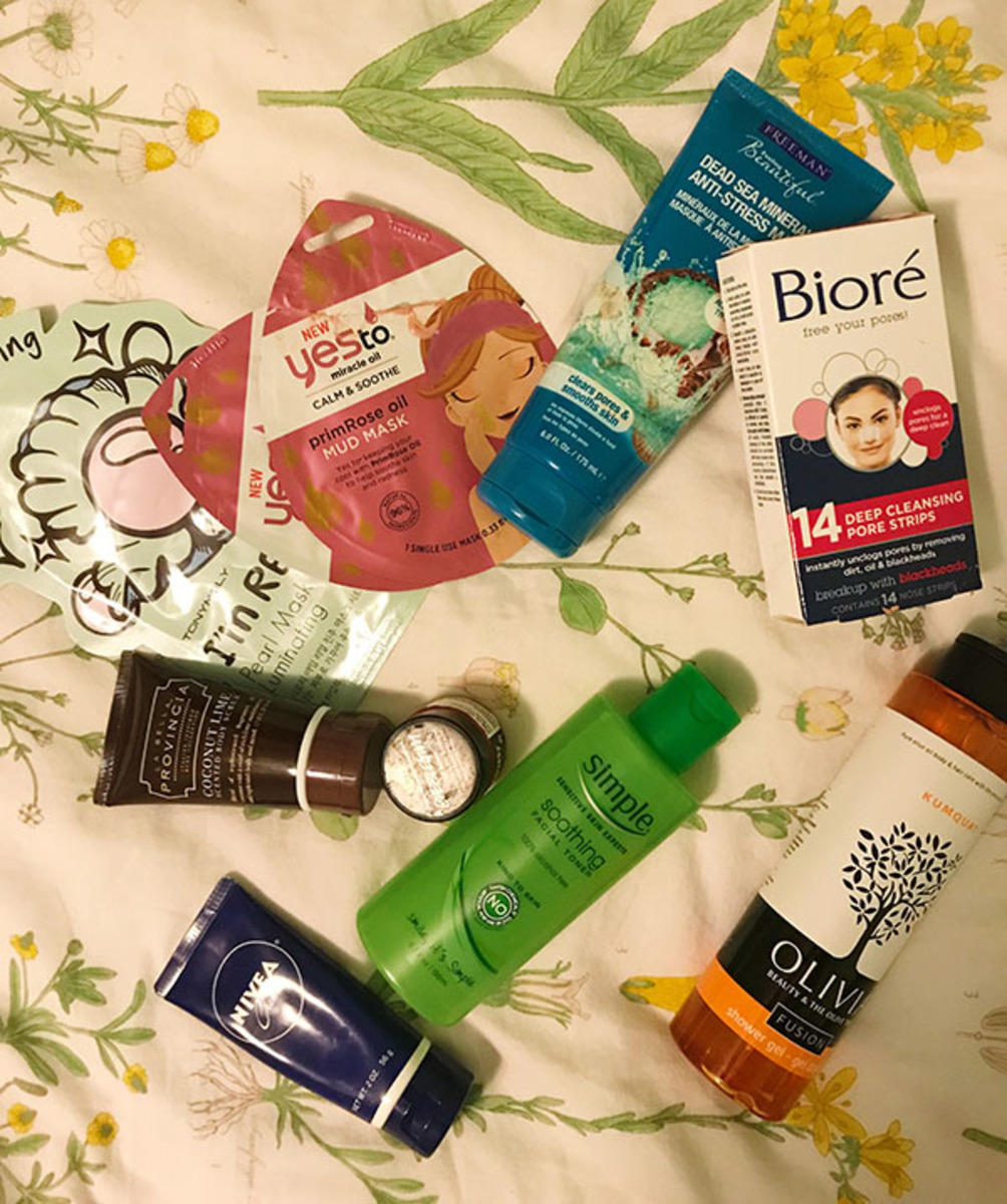 PICK AND CHOOSE. The numerous beauty products pictured are considered skincare staples. Various products usually form one's skincare routine, which is a mode of stress relief in itself.