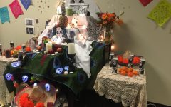 Spanish classes celebrate Day of the Dead
