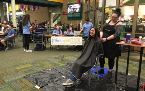 Fashion for the Cure cuts hair for awareness