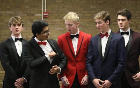 Prom fair shows off style