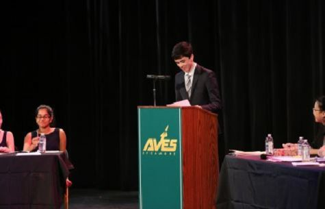 Sophomores spring into debates
