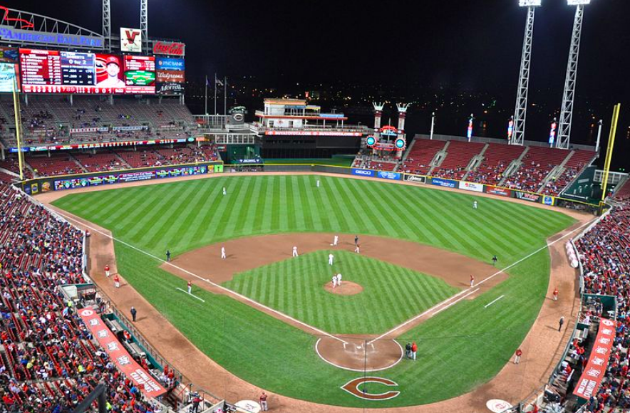 HOME+RUN%21+The+Cincinnati+Reds+are+an+integral+part+of+the+city%2C+like+Skyline+Chili+and+Graeter%27s+Ice+Cream.+The+Reds+play+at+the+Great+American+Ballpark.+The+attendance+percentage+has++decreased+significantly+throughout+the+season.