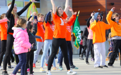 Sycamore community dances for kindness