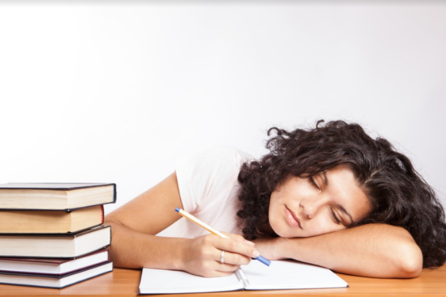 As students begin to get excited for summer break, many lose motivation to study and work hard in their classes during fourth quarter. New strategies for studying can help students keep their motivation up and make it through the last quarter.